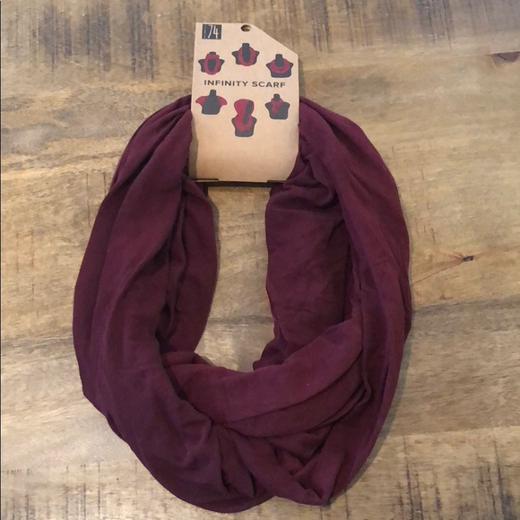 Studio 74 Accessories - Fall Red Wine Colored Infinity Scarf